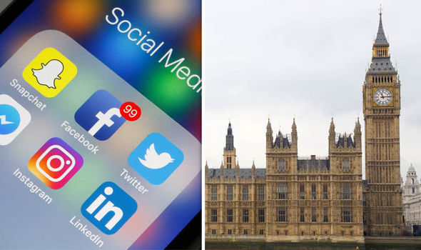 Facebook و Google و Twitter تطلق حملة لمواجهة FAKE NEWS