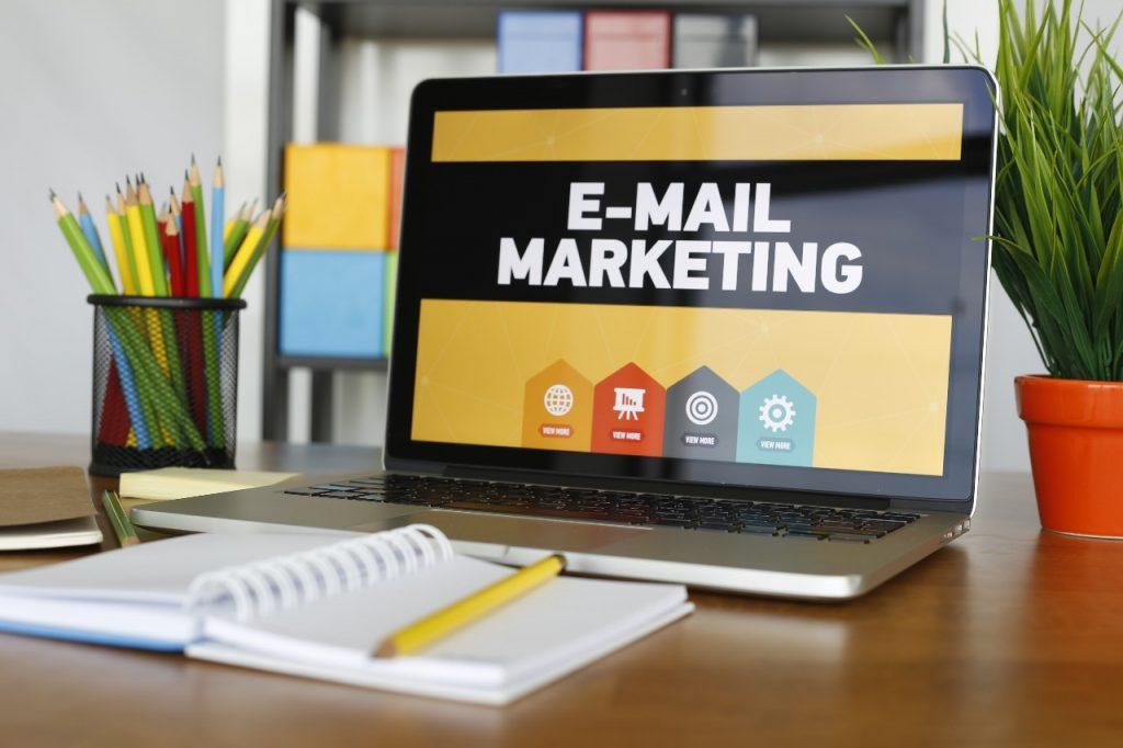 استراتيجية لنجاح تسويق منتج معين عبر الإنترنت